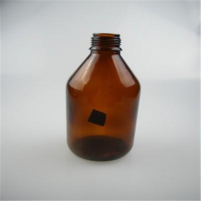 棕色药用螺口玻璃瓶