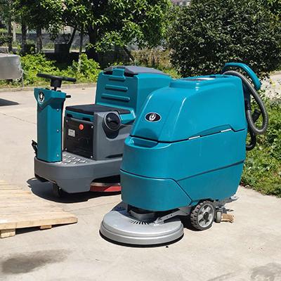 M3手推式洗地吸干机